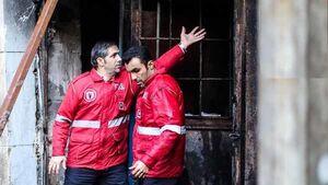 ساختمان اداری در خیابان جمهوری آتش گرفت