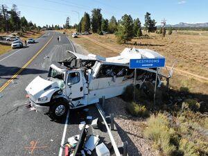 واژگونی مرگبار اتوبوس گردشگردان