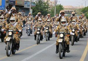 رژه نظامی ایران درخواست مقتدرانه خروج بیگانگان از خلیج فارس بود