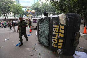درگیریهای خیابانی شدید در اندونزی
