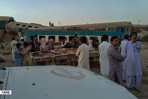 عکس/ خروج قطار از ریل در زاهدان