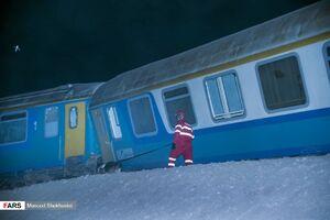عکس/خروج قطار زاهدان - تهران از ریل