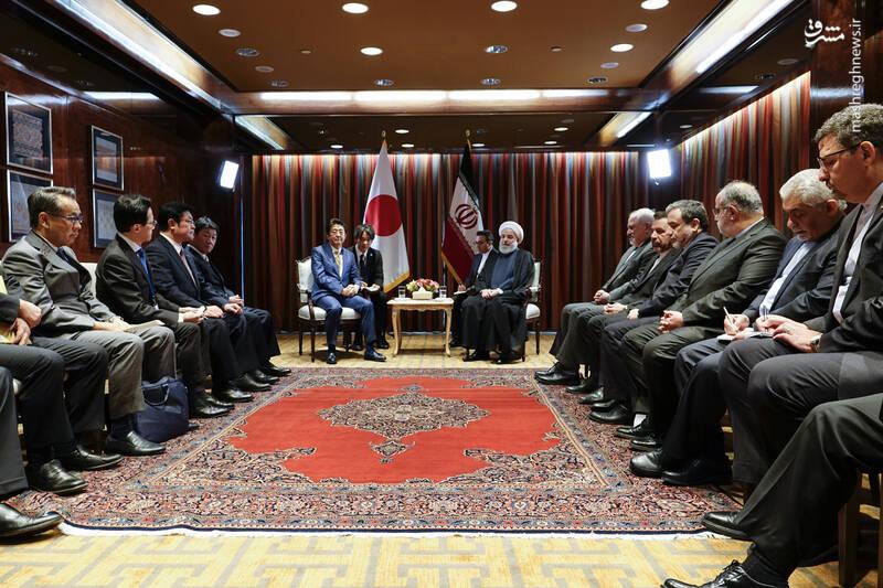 دیدار روحانی با نخست وزیر ژاپن
