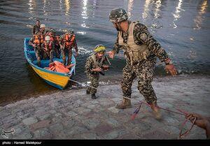 عکس/مانور آبی و خاکی بدر در دریاچه خلیج فارس