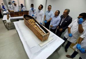 ترمیم یک مومیایی در مصر