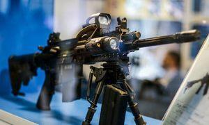 فیلم/ خرید اسلحه در آمریکا برای زمان قحطی!