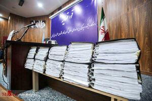 اولین جلسه دادگاه رسیدگی به پرونده لیزینگ خودرو معروف به پرهام آزادشهر