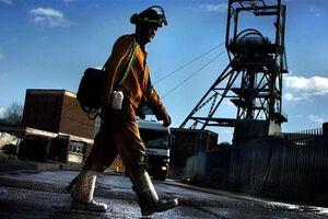 گزارشی تکان دهنده از وضعیت کارمندان و کارگران انگلیسی