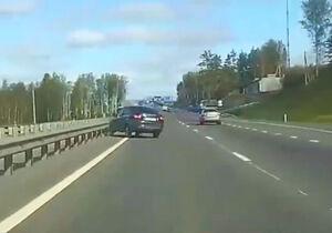 فیلم/ ناشیگری راننده در بزرگراه
