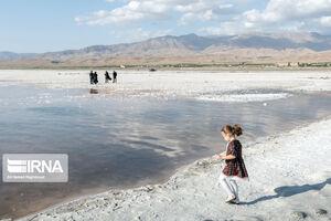 ماجرای «سفر ۳۰۰ میلیون دلاری ۷ عضو ستاد دریاچه ارومیه به آمریکا»!