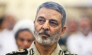 عکس/ احترام نظامی سرلشکر موسوی در برابر سرباز