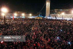 عکس/ بزرگترین سفره نذری حضرت رقیه(س)