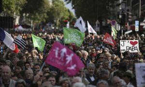 اعتراضات به قانون بچهدار شدن همجنس بازان در فرانسه +عکس