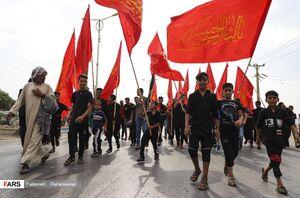 عکس/ آغاز حرکت بزرگترین دسته پیاده روی اربعین کشور از اهواز