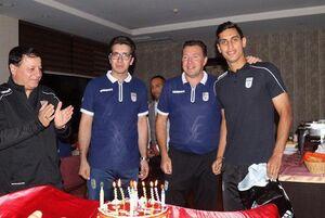 عکس/ جشن تولد محمد نادری در اردوی تیم ملی