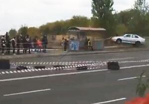 فیلم/ برخورد وحشتناک ماشین مسابقهای با تماشاگر!