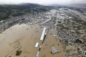 ژاپن به زیر آب رفت