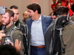 نخستوزیر کانادا جلیقه ضدگلوله برتن کرد
