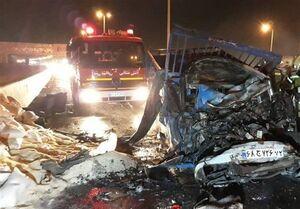 آتشسوزی مرگبار دو دستگاه نیسان همراه با ۴ زخمی + تصاویر