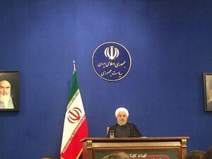 فیلم/ اظهار نظر روحانی درباره حضور زنان در ورزشگاهها