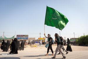 عکس/ زائران اربعین در مسیر «حیدریه-طویریج »
