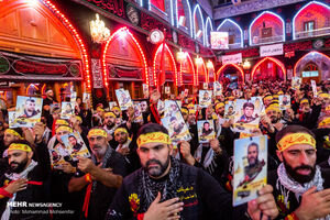 عکس/ شب اربعین عشاق جهان در حرم یار