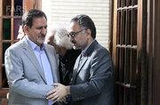 """بنزین را گران کن! وسوسه لیلاز کنار گوش روحانی/ اعلام موجودیت """"زامبیها"""" برای تغییر در ایران!"""