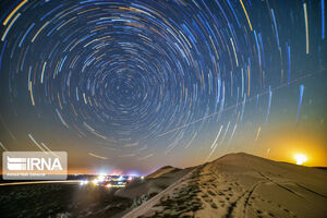 تصویر زیبا از آسمان پرستاره کویرمرنجاب