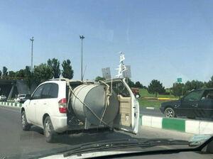عکس/ حمل بار عجیب با خودروی «ام وی ام»
