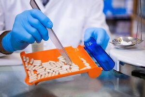 معاون وزیر بهداشت: کمبود دارو در ایران نداریم