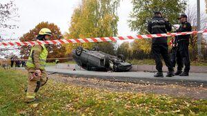 ورود یک خودرو به میان جمعیت در نروژ
