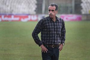 احمدزاده ملوان را بیرون کشید، بازی نیمه تمام ماند