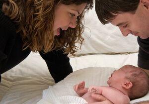 """""""مرخصی مشترک والدین """" انگلیسی به هنگام فرزندآوری"""