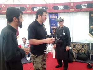ملاقات با افسر ارتش پاکستان در مسیر راهپیمایی اربعین