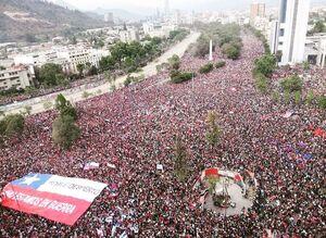 تظاهرات صدها هزار نفری در پایتخت شیلی+عکس