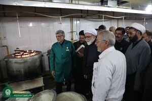 عکس/ نظارت تولیت آستان قدس رضوی از خدمترسانی به زائران