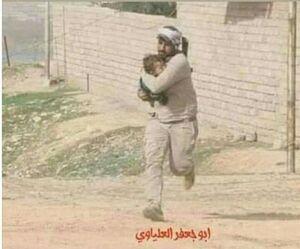 تصویری تکان دهنده از شهید علیاوی در مبارزه با داعش