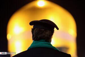 عکس/ خطبهخوانی شب شهادت امام رضا علیهالسلام