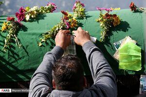 عکس/ تشییع نمادین پیکر امام رضا(ع) در آشتیان