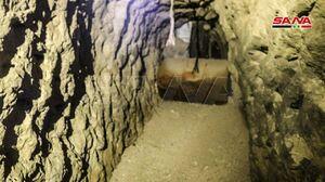 عکس/ کشف تونل حاوی سلاح بر جای مانده داعش درسوریه