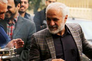 علت آزادی حسن عباسی از زندان چیست؟