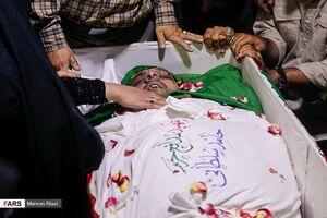 """عکس/ وداع جانسوز با پیکر شهید""""حامد سلطانی"""""""