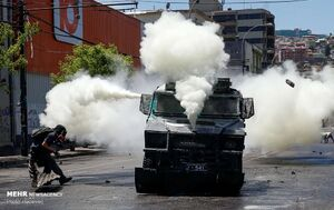 عکس/ نبرد در خیابانهای سانتیاگو