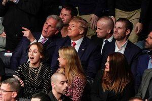 ترامپ پس از حضور در محل برگزاری مبارزات UFC در نیویورک، بار دیگر توسط تماشاگران «هو» شد