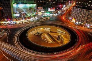 عکس/ رونمایی از دیوارنگاره میدان ولیعصر(عج)