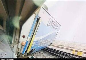 خروج قطار اهواز - اندیمشک از ریل +عکس