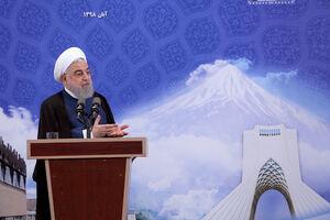 عکس/ روحانی در مراسم افتتاح کارخانه نوآوری