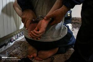 دستگیری جیب بر حرفه ای مترو این بار به جرم موبایل قاپی
