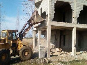 فیلم/ تخریب ساخت و سازهای غیر مجاز به فرحزاد رسید