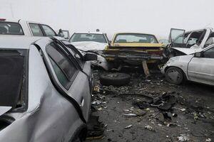 تصادف زنجیرهای در اتوبان قم - تهران با ۱۴ مصدوم